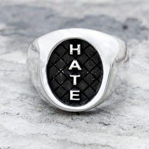 Anello Sigillo Hate Argento